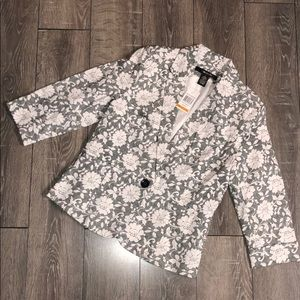 NWT 89th & Madison Lace/Floral Blazer